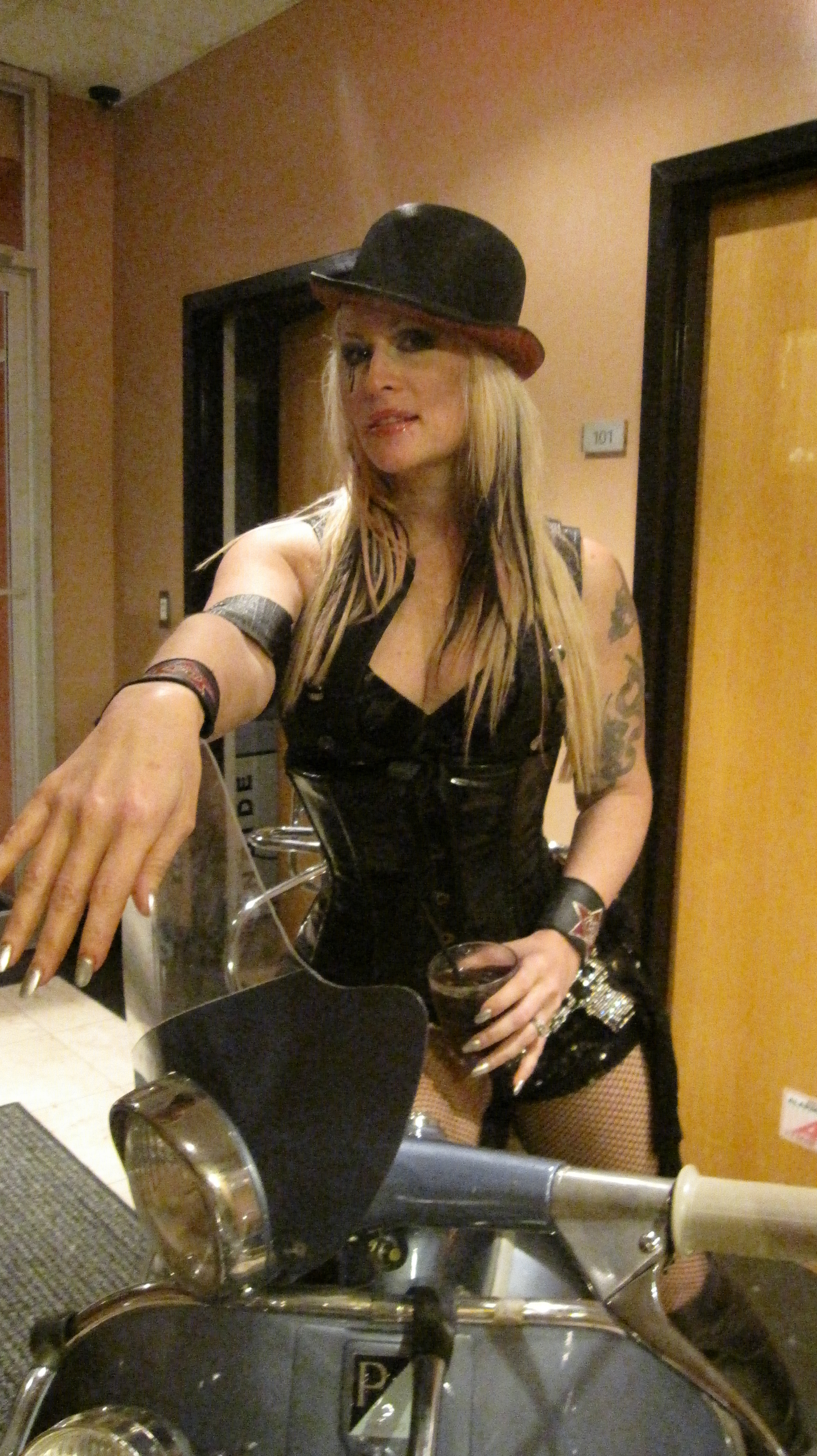Exclusive Live Footage Of The Genitorturers And Interview -5503